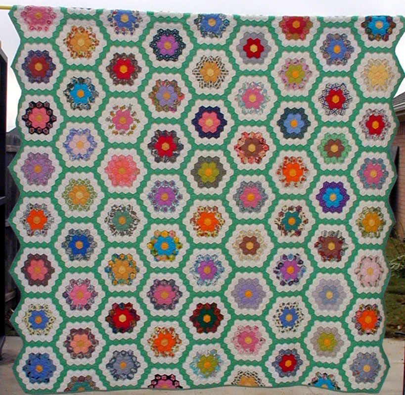 Grandmothers Flower Garden Quilt, Honeycomb  Hexagon Quilts